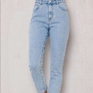 Pacsun Mom Jeans Light Wash 24